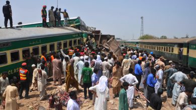 Photo of 30 killed in collision of two trains in Pakistan