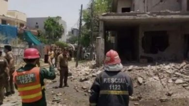 Photo of Bomb blast outside a house in Lahore, 2 killed, 17 injured