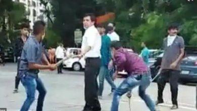 Photo of बीच सड़क पर वकील पर तलवार और रॉड से हमला, 3 गिरफ्तार, जानें मामला