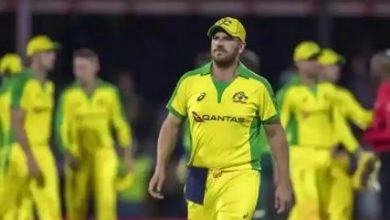 Photo of T20 WC से पहले ऑस्ट्रेलिया को लगा झटका, कप्तान आरोन फिंच विंडीज सीरीज से हुए बाहर