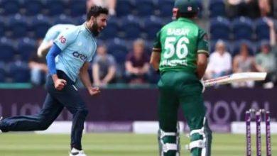 Photo of ENG vs PAK: इंग्लैंड के खिलाफ पहले वनडे में बिना खाता खोले आउट हुए बाबर आजम, देखें वीडियो