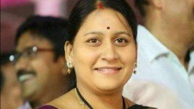 Photo of वोटरों को रुपये बांटने के जुर्म में पहली बार एक्शन, कोर्ट ने महिला सांसद को सुनाई छह महीने की सजा